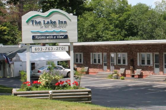Lake Inn Sunapee Attractive Entrance
