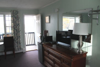 Premium Queen Anne Balcony Room